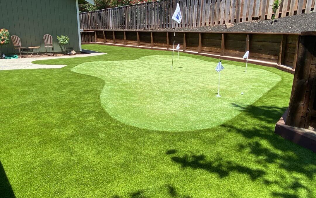What to Consider Before the Pros Install Synthetic Grass in Seattle Putting Greens